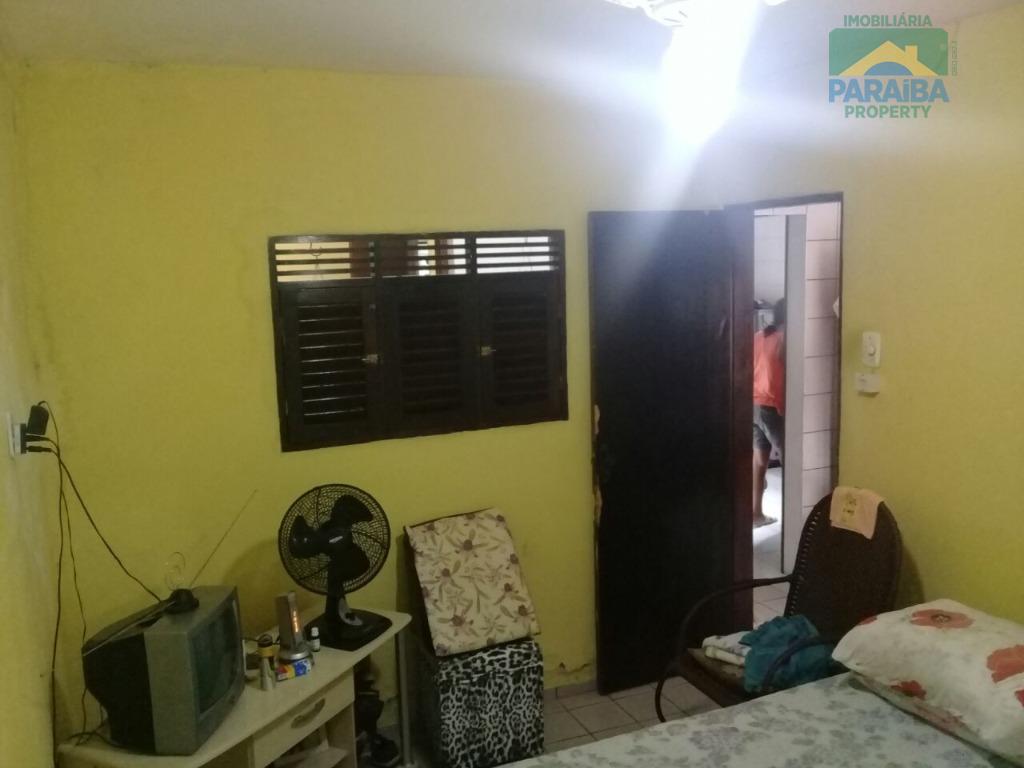 oferta!baixou de r$ 370.000,00 para r$ 350.000,00excelente casa na torrecasa com 165m², composto por:- 1 sala-...
