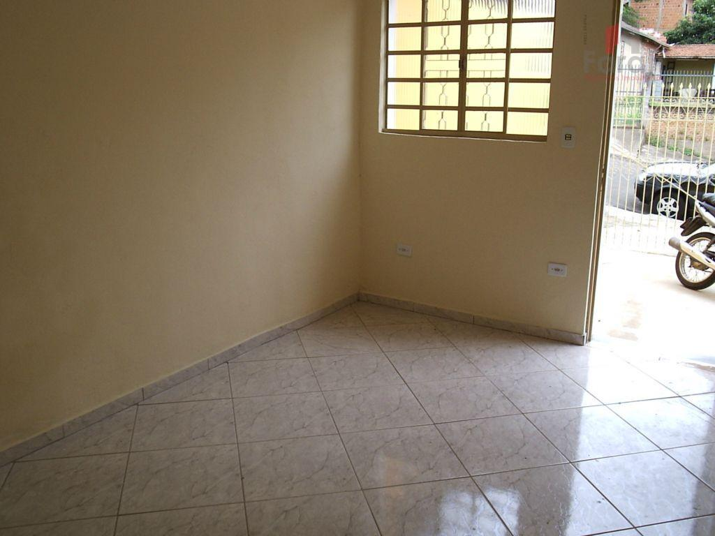Casa no Jardim Planalto ou Nova Suiça 2 dorm.