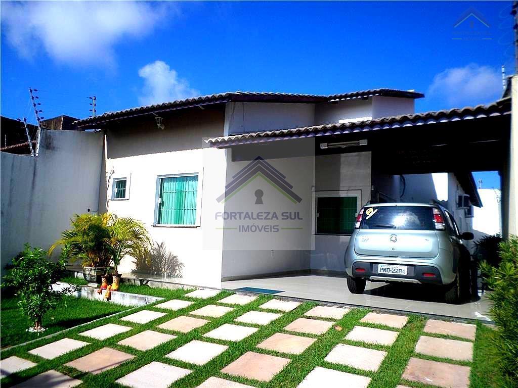 Casa à Venda, no Bairro Jardim das Oliveiras, Fortaleza.
