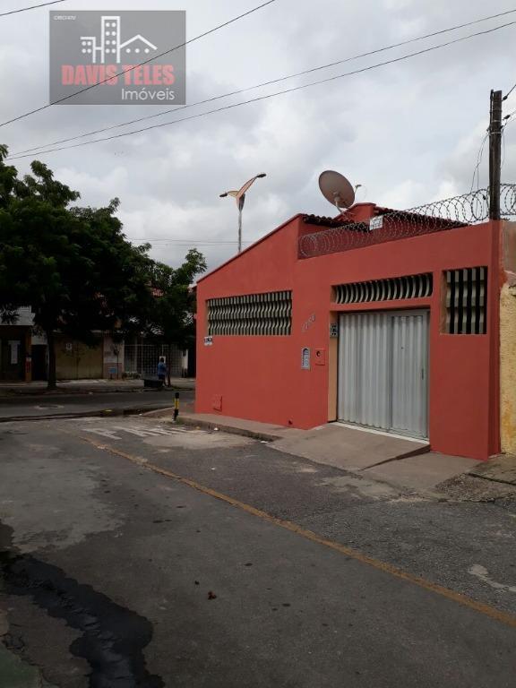 Casa residencial para locação, 3 quartos (sendo 2 suítes), 02 vagas
