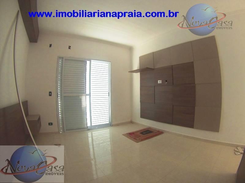 Sobrado 3 Dormitórios Suítes, Canto do Forte, Praia Grande.
