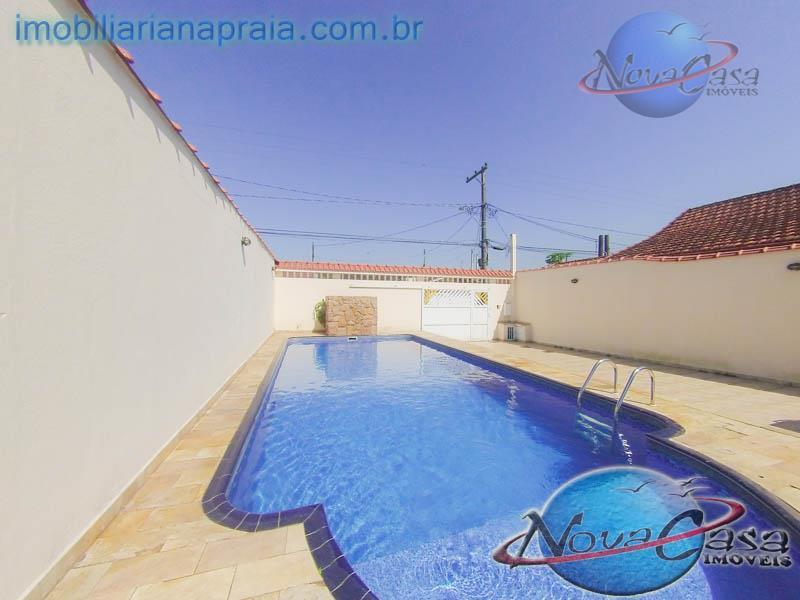 Casa Isolada com piscina, Vila Mirim, Praia Grande.