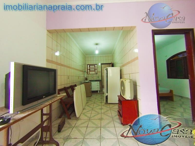 Casa 1 Dormitório Condomínio Fechado, Vila Tupi, Praia Grande.