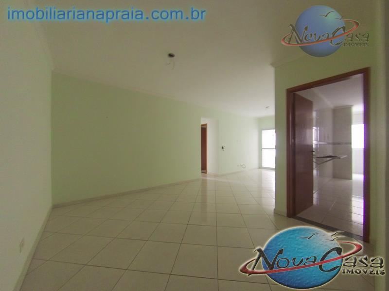 Apartamento 2 Dormitórios Suítes, Campo da Aviação, Praia Grande.