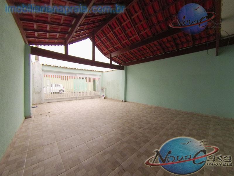 Casa 2 Dormitórios com Piscina, 200 metros do Mar, Praia Grande