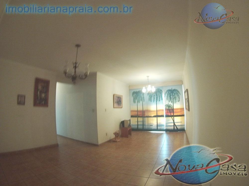 Apartamento 3 Dormitórios, Vila Guilhermina, Praia Grande.
