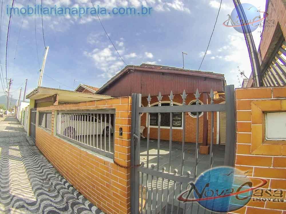 Casa isolada à venda, Vila Mirim, Praia Grande.