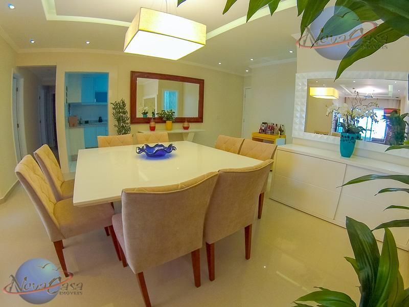 Apartamento 4 Dormitórios à venda, Vila Guilhermina, Praia Grande.