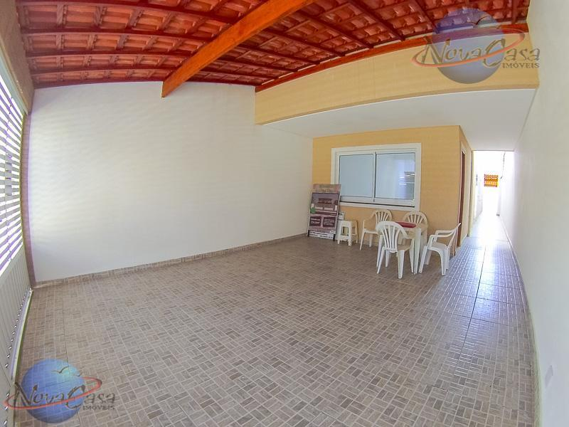 imobiliária na praia - sobrado 3 dormitórios sendo 1 master suite com sacada, ampla sala com...