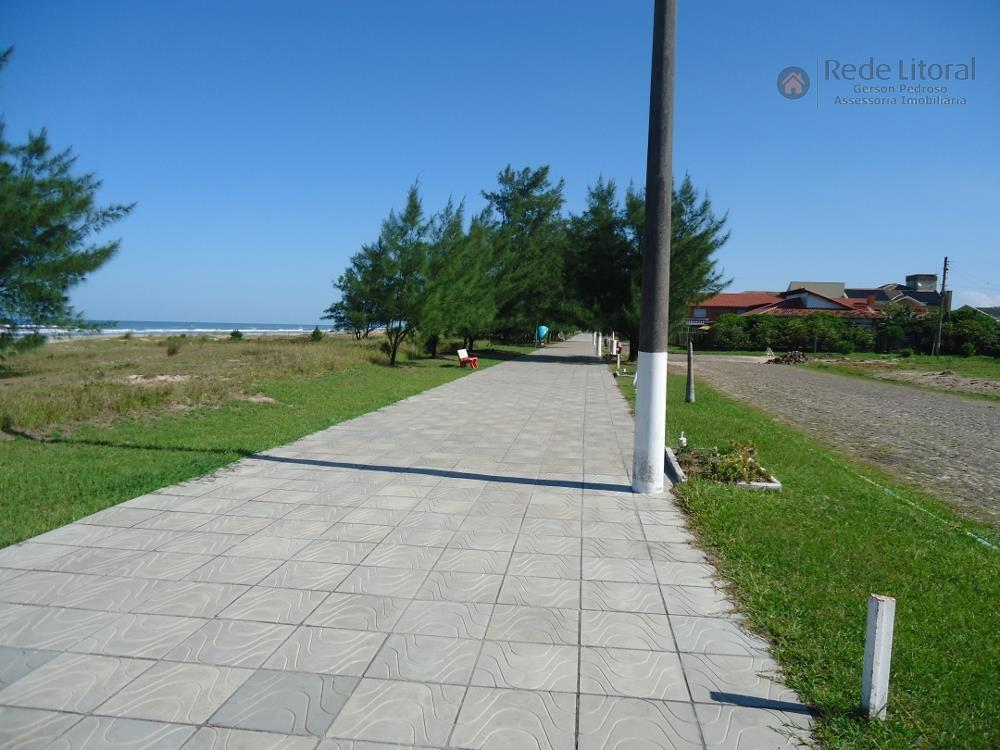 terreno em torres na praia paraíso, excelente, pronto para construir, aterrado, gramado e arborizado, rua calçada,...