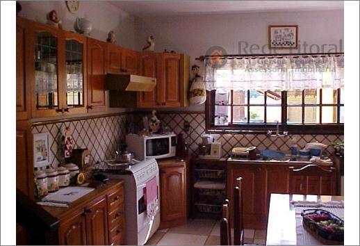 casa em torres com, 3 dormitório(s), 1 suíte(s), 4 vagas de garagem(ns), 340,00m², 4 banhos, residência...
