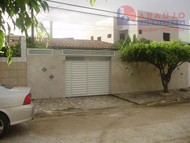 Excelente casa em José Américo
