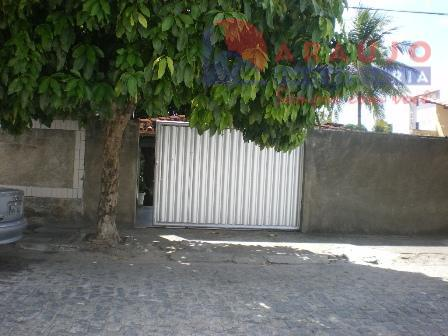 Casa à venda em Manaira.