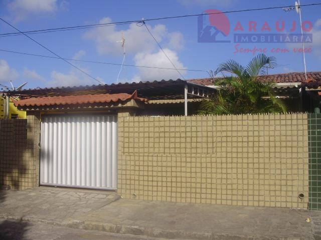 Casa em Mangabeira II.