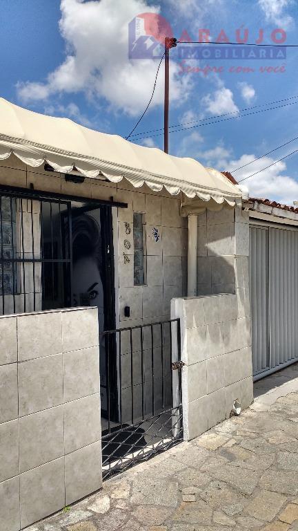 Casa residencial à venda, Tambiá, João Pessoa.