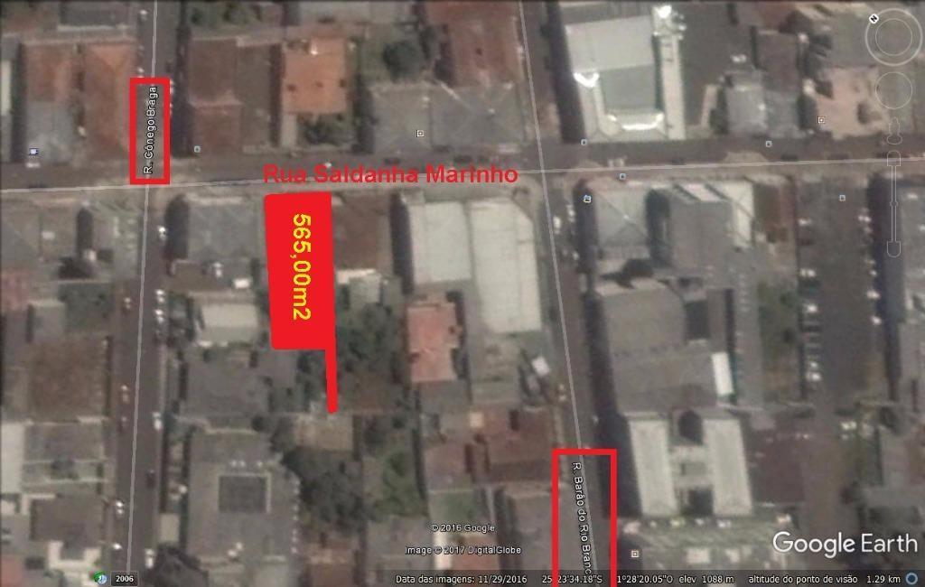Terreno comercial no Centro de Guarapuava.