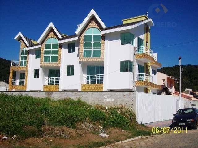 Sobrado residencial à venda, Ressacada, Itajaí - SO0018.
