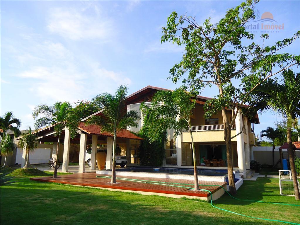 Lindíssima mansão 735m², 5 suítes, DCE, piscina, deck completo, no bairro Eng. Luciano Cavalcante