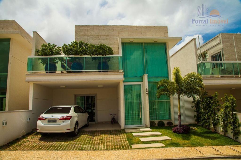 Casa duplex 225m², Lagoa Redonda, Fortaleza.