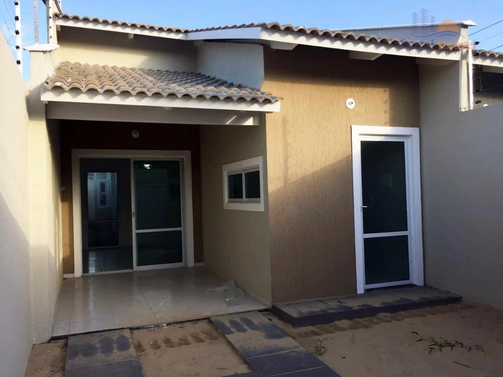 Casa plana NOVA  à venda, Dias Macedo, Fortaleza.