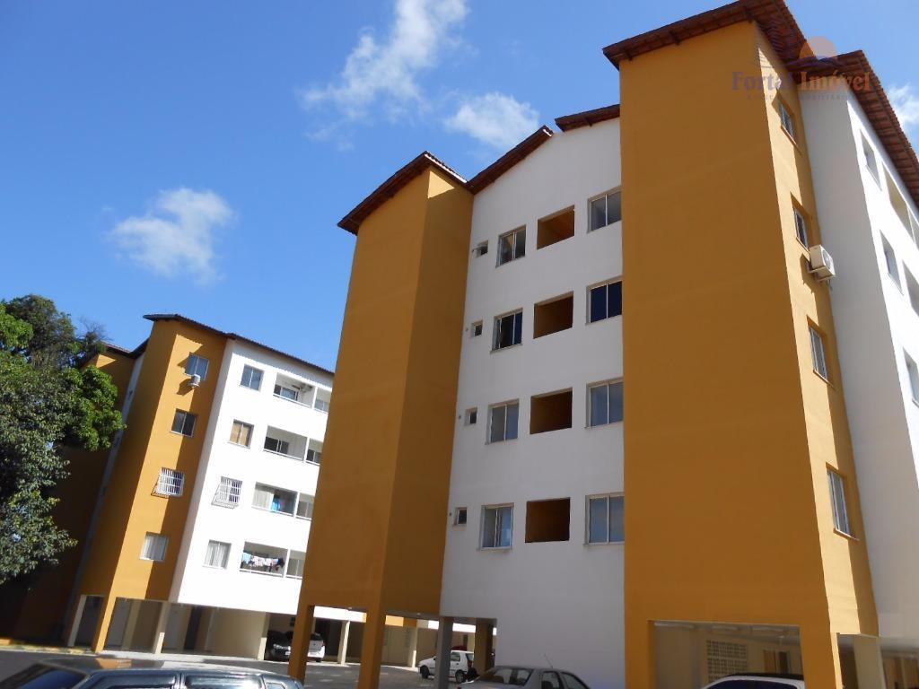Apartamento residencial à venda, Vila Ellery, Fortaleza.