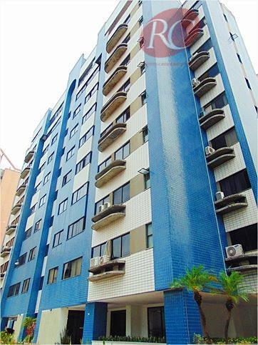 Apartamento entre os bairros Aldeota e Meireles.