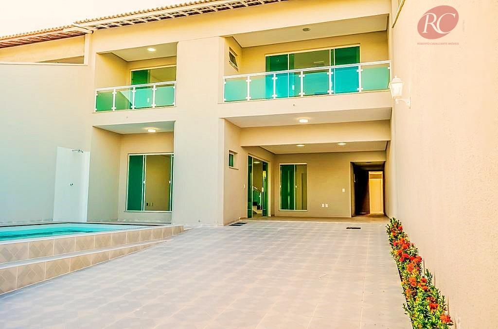 Casa duplex nova de alto padrão no bairro José de Alencar.