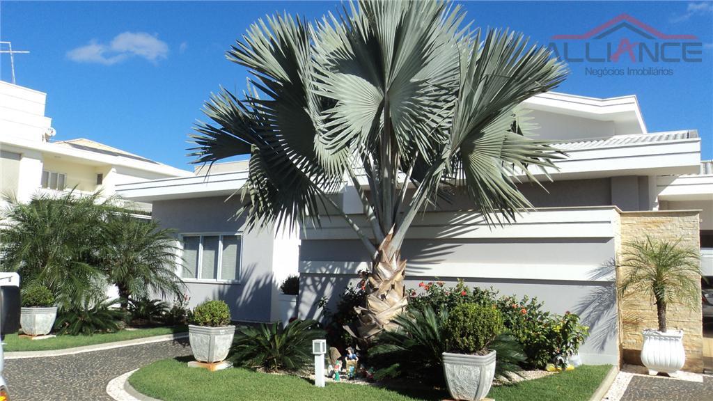 Maravilhosa casa a venda no Condomínio Villa Lobos.