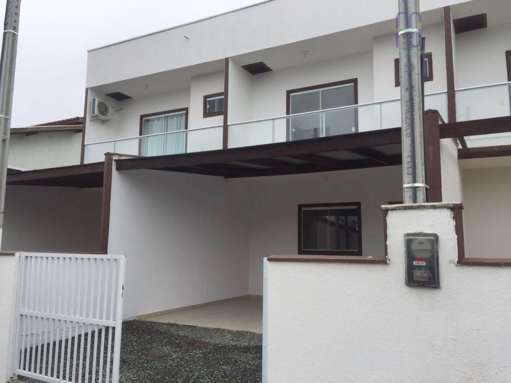Sobrado residencial à venda, Nossa Senhora da Paz, Balneário Piçarras.