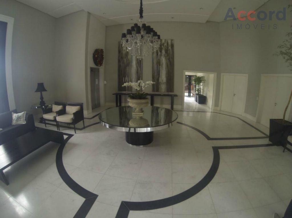 Maravilhoso apartamento no Ecoville, 1 por andar com 368m² de área privativa.