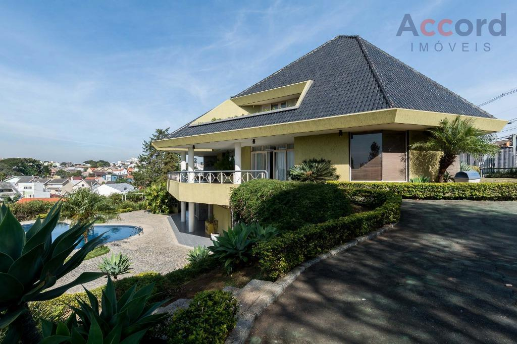 Casa residencial Mobiliada à venda 777m2 , 4 quartos , no agua verde, Curitiba-Pr.