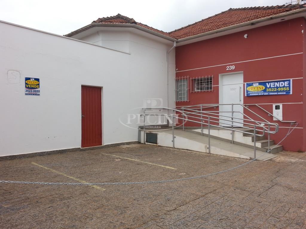 Casa comercial à venda, Saúde, Rio Claro.