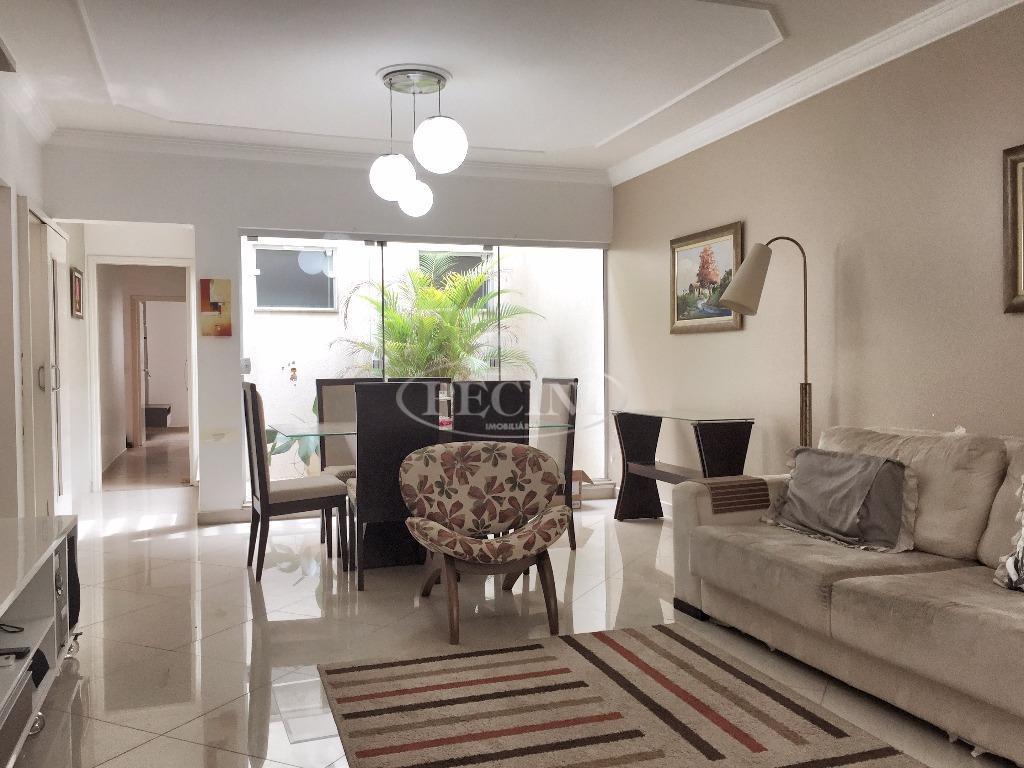 Casa a venda com 3 dormitórios, Jardim Itapuã, Rio Claro.