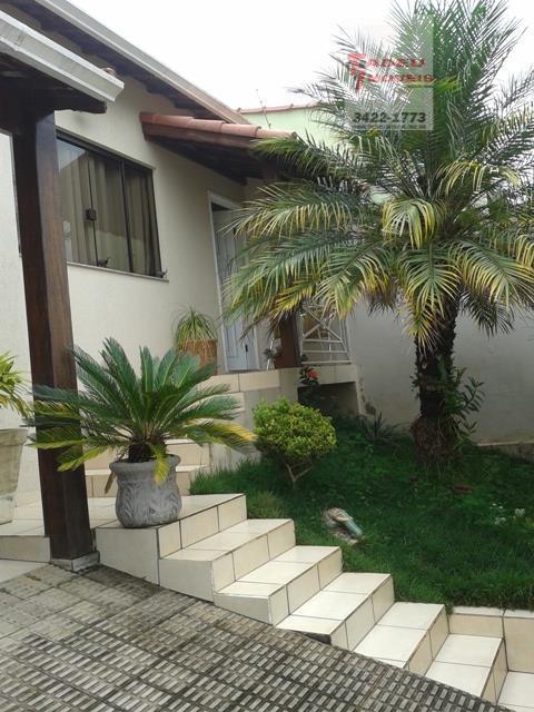 Casa residencial à venda, Santa Clara, Pouso Alegre.