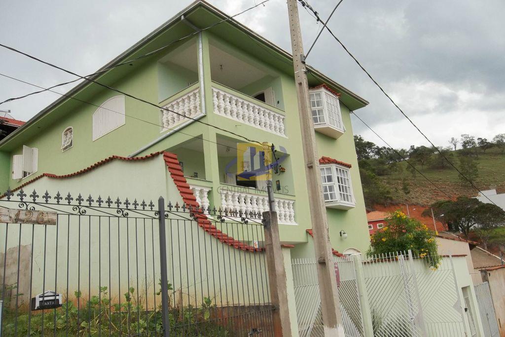 Sobrado  residencial à venda, Pinheirinho, Itajubá.