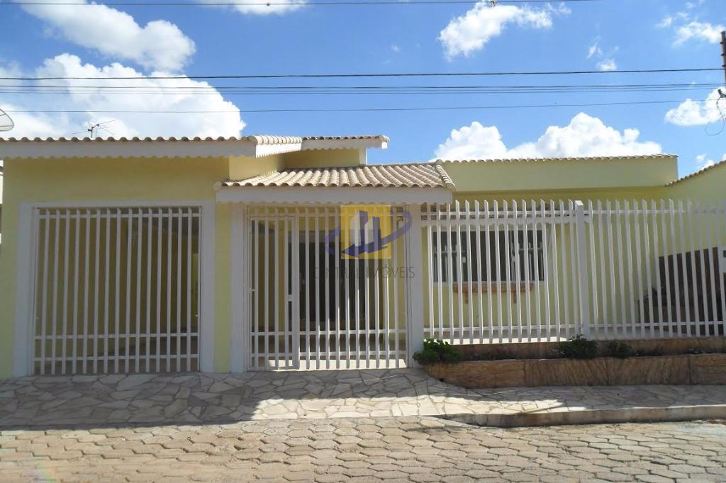 Casa residencial à venda, Centro, Maria da Fé.