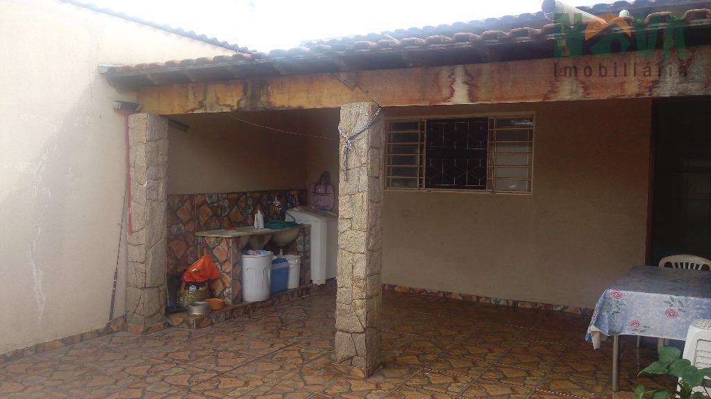 Casa residencial à venda, Conjunto Costa Telles I, Uberaba.