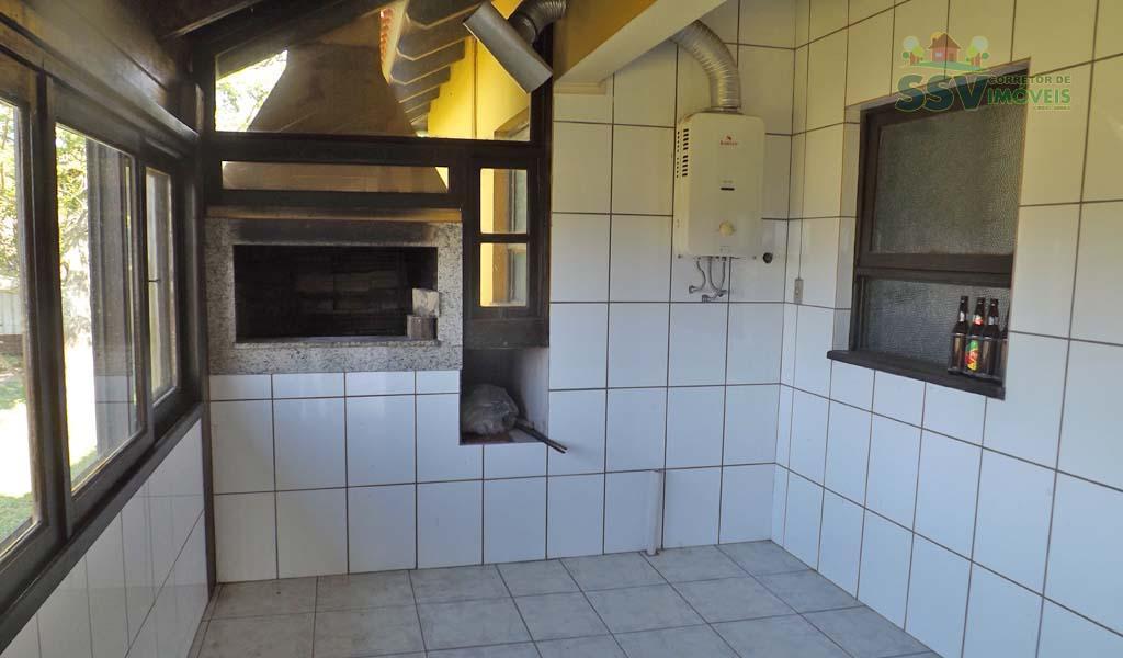 fascinante sítio em viamão, águas claras, casa com 3 suítes, sendo uma suíte master, closet, lavabo,...