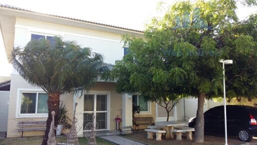 Casa de alto padrão em condomínio fechado nas Dunas, Fortaleza.
