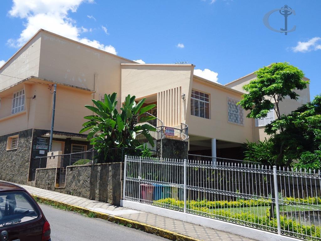 Casa residencial à venda, Centro, Itajubá.