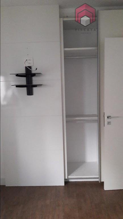 Suíte com armário