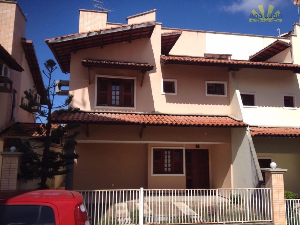 Casa Duplex em condominio Sapiranga