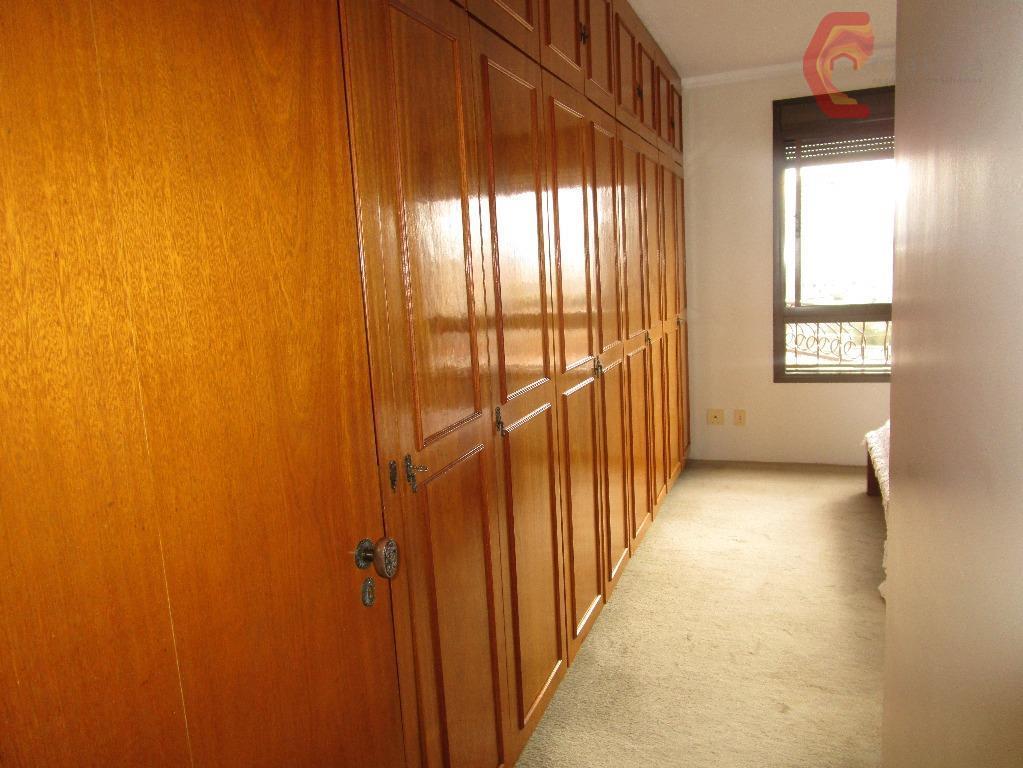 ótima oportunidade!! próximo ao colégio santo antônio e do hospital são luiz. com 3 dormitórios com...