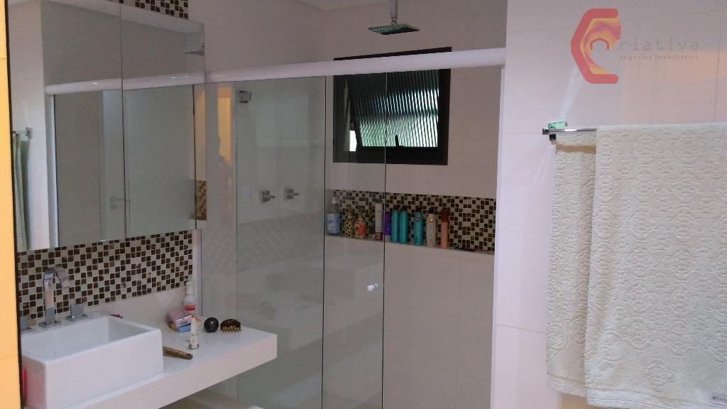 excelente apartamento, muito bem localizado, a 2 quadras do metro tatuapé, 3 suítes, rua tranquila, apartamento...