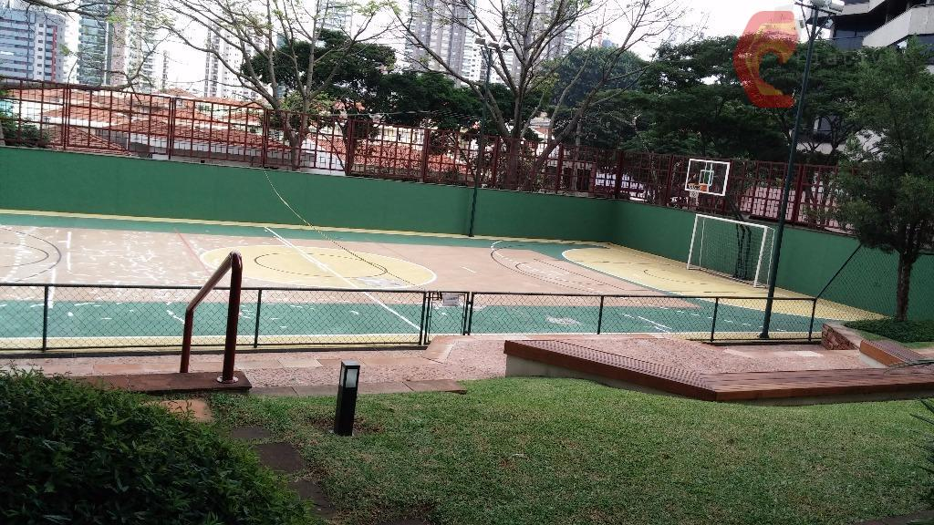 Apartamento de 6 dormitórios em Anália Franco, São Paulo - SP