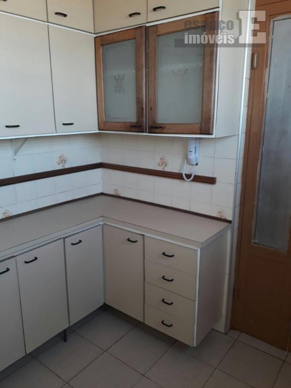 ótimo apartamento com 02 dormitórios, a/e, sala de estar, sala de jantar, wc social com armário,...
