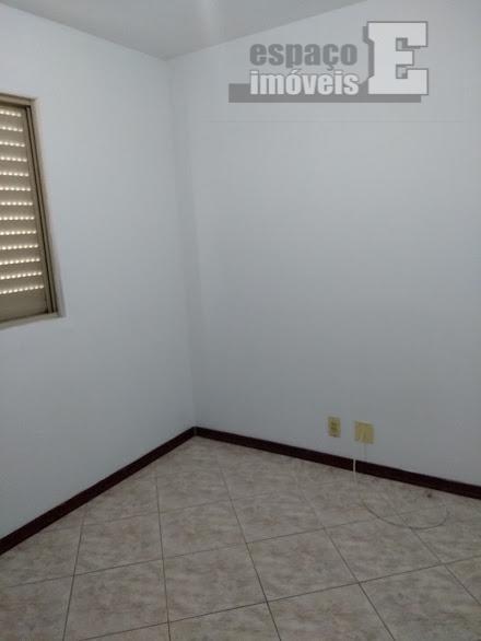 excelente apartamento no sãn francisco gardens, com 98 m². possui 03 dormitórios sendo 01 suíte, sala...