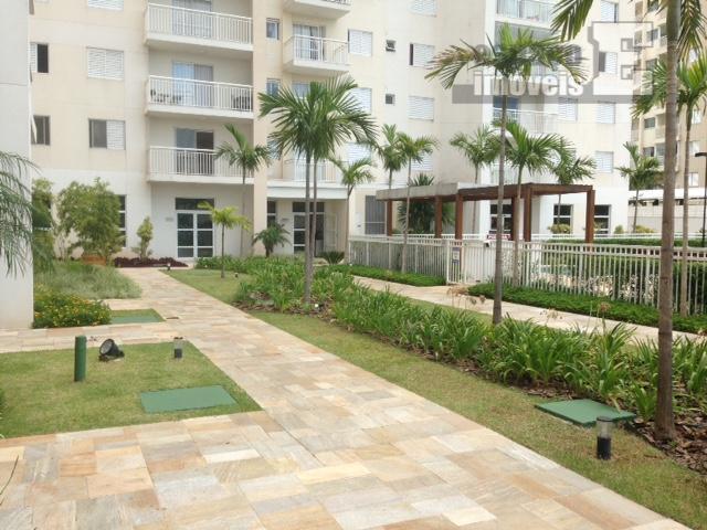o apt tem 142 m2, sendo 95 m2 cobertos e o restante externo na varanda que...