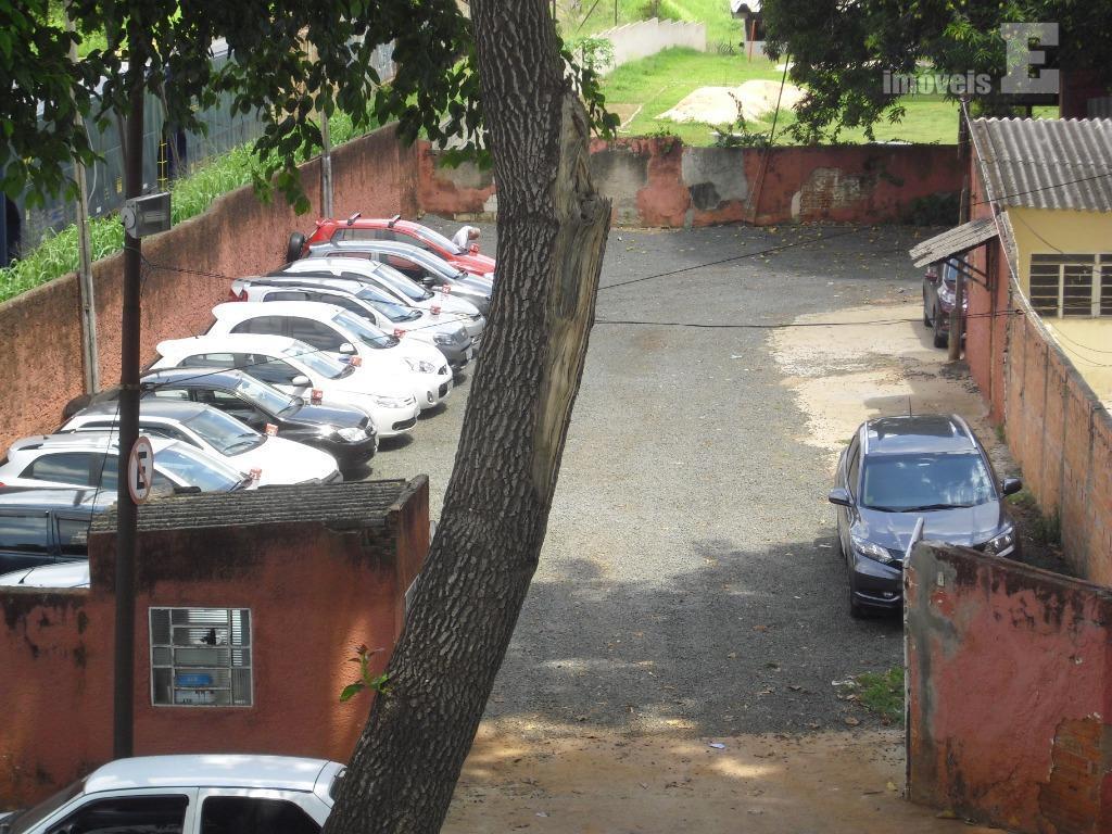 terreno com 2000 m², ideal para depósitos de gás, estacionamento de vans e micro-ônibus, maquinas grandes,...
