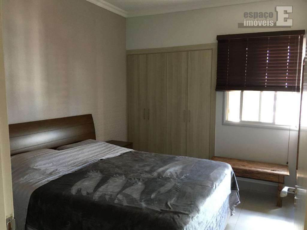 apartamento com 03 dormitórios sendo 01 suíte, wc social, sala 02 ambientes com sacada e integrada...
